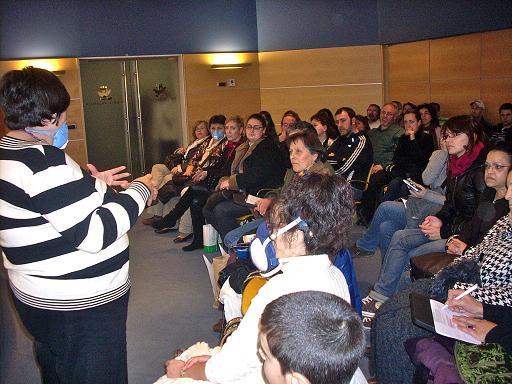 Isabel Ariño, de la Plataforma, hablando al público en la anterior edición de Biocultura Valencia.