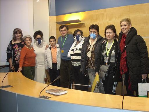 Carlos de Prada (Pte. Fodesam) con enfermas de SQM y otras enfermedades ambientales en la anterior edición de Biocultura Valencia